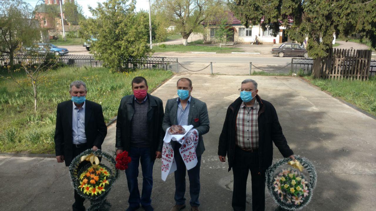 В Гопчиці вшанували пам'ять загиблих у Другій світовій війні