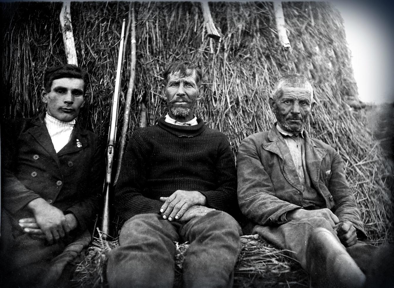 Зліва на право: Саліженко Олександр Іванович,